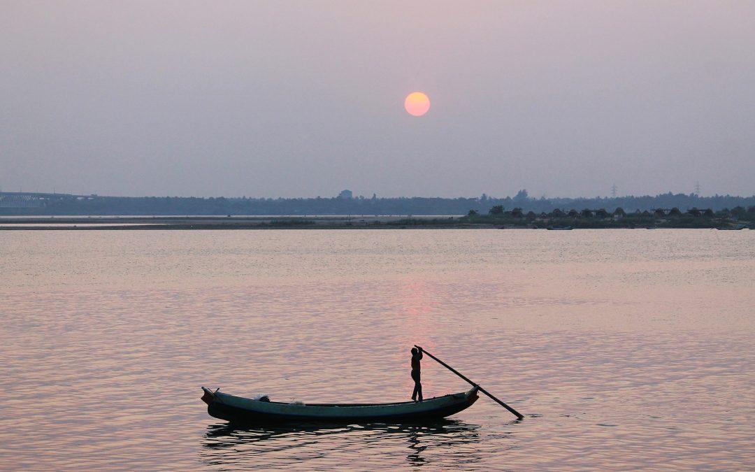 El barquero y el erudito, cuento Sufi sobre los conocimientos